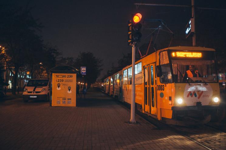 В центре Днепра женщина умерла в трамвае…