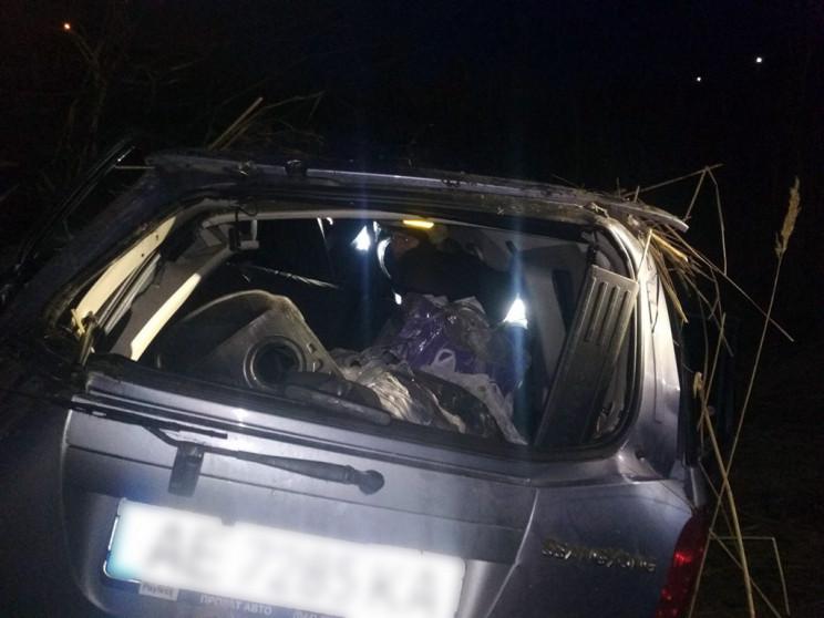На Дніпропетровщині автівка вилетіла у к…