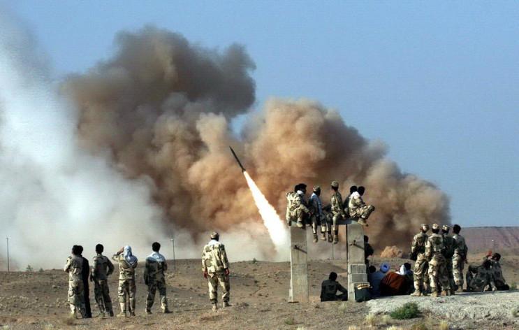 Іран атакував балістичними ракетами об'є…