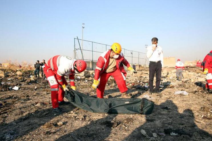 У страшній авіатрощі в Ірані загинули бл…