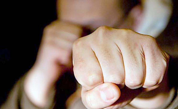 На Николаевщине мужчину избили и изнасил…