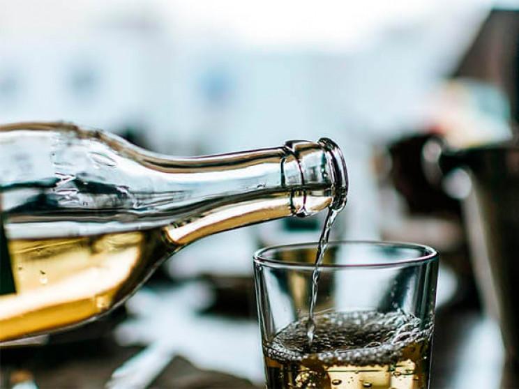 На Кубані промишляли нелегальним алкогол…