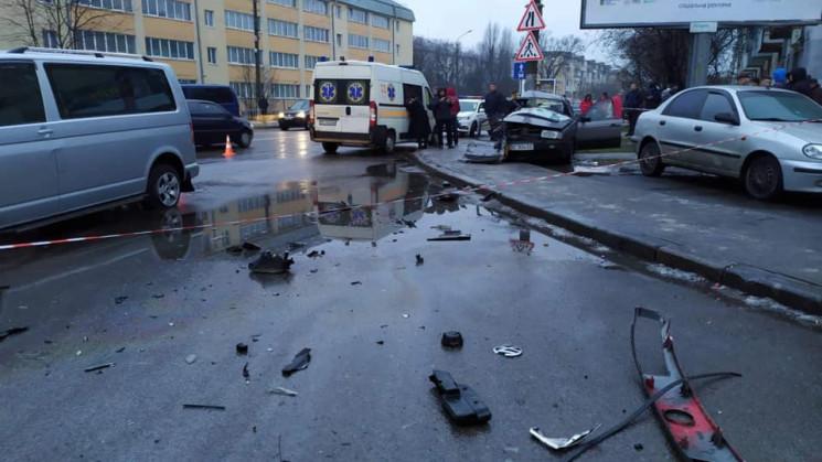 У Львові у аварії загинула трирічна дити…
