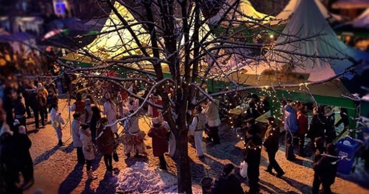Найбільший фестиваль вина, коляда і різд…
