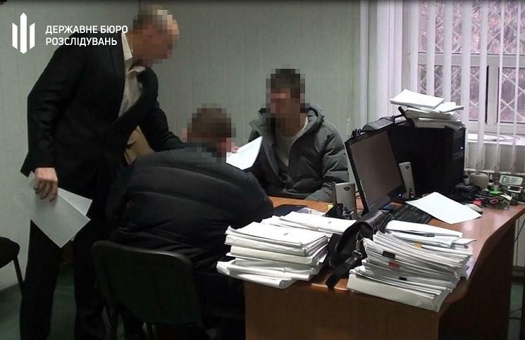 В Кривом Роге вручили подозрение полицей…