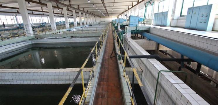Коммунальщики Кернеса прикрутили воду в…