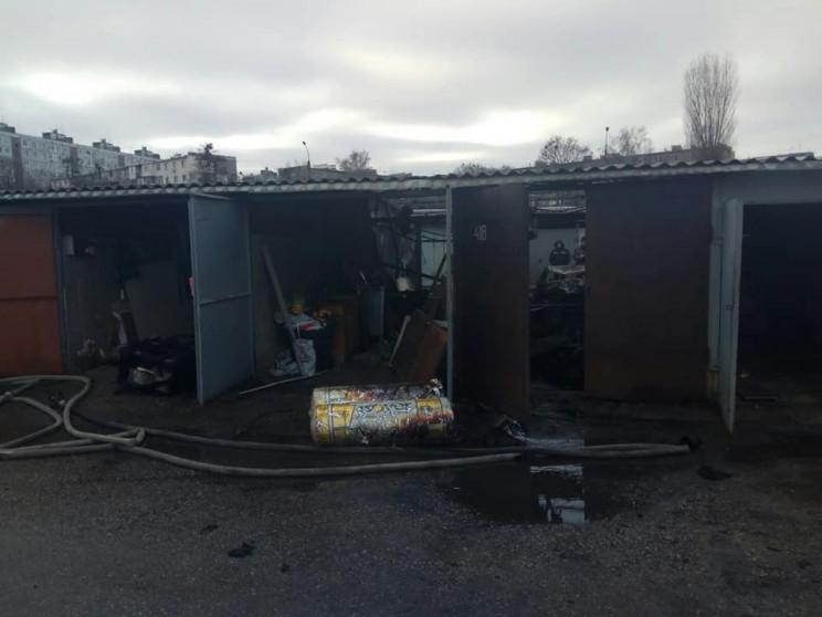 Масштабна пожежа в Харкові: Біля знищено…