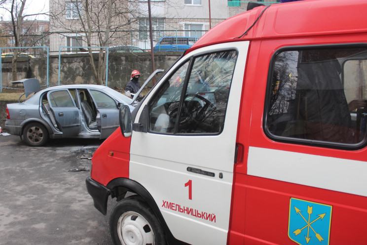 У Хмельницькому загорівся автомобіль…
