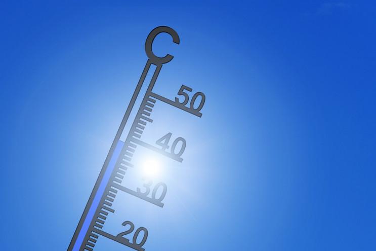 На Росії аномальна тепла зима перейде в…