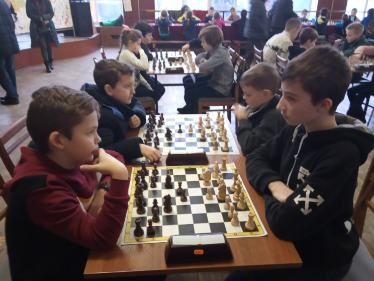 """Юні вінницькі шахісти відкрили сезон """"Зи…"""