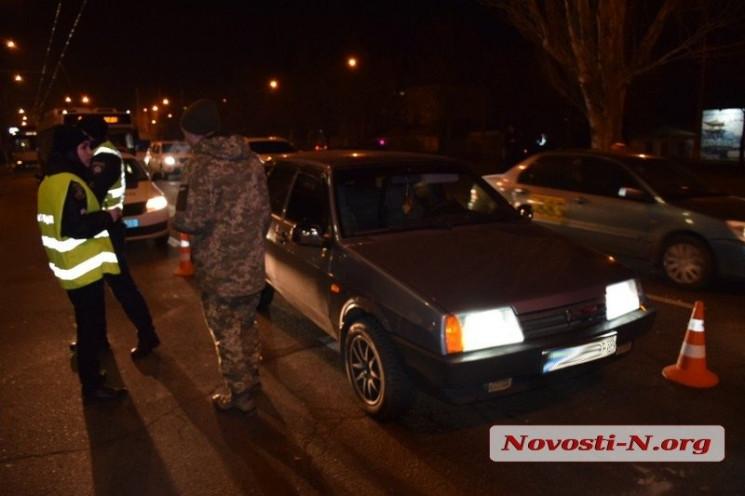 У центрі Миколаєва жінка перебігала доро…