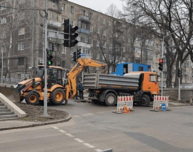 В центре Днепра перекрыли улицу из-за ав…