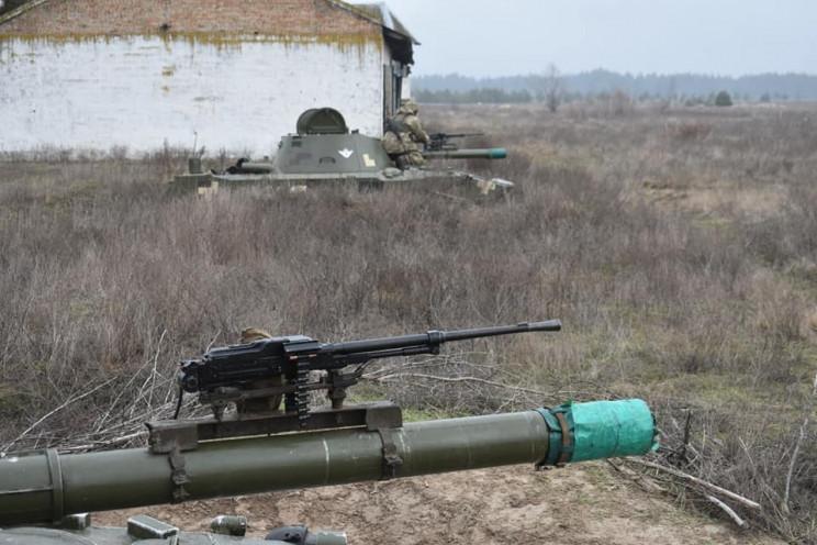 Поряд із Дніпром десантники за допомогою…