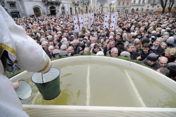 У центрі Львова встановлять резервуар із…