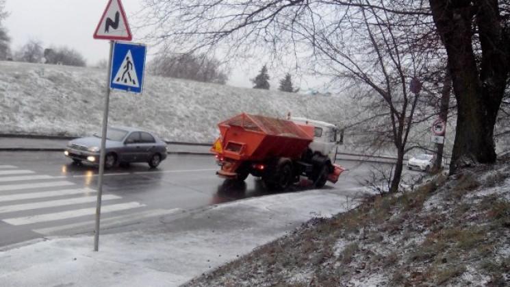 На дороги Кропивниччини за день висипали…