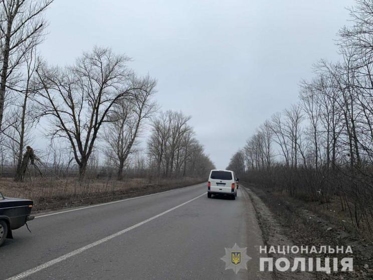На Харківщині водій перекинув вантажівку…
