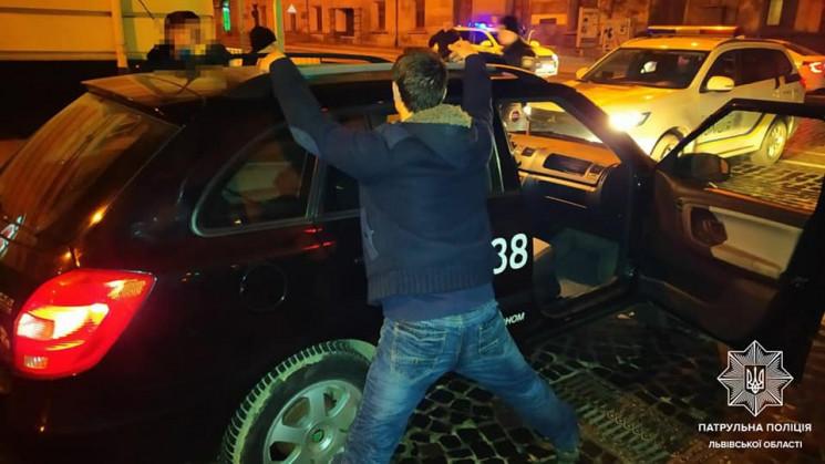 У Львові позбавлений водійськихправ так…