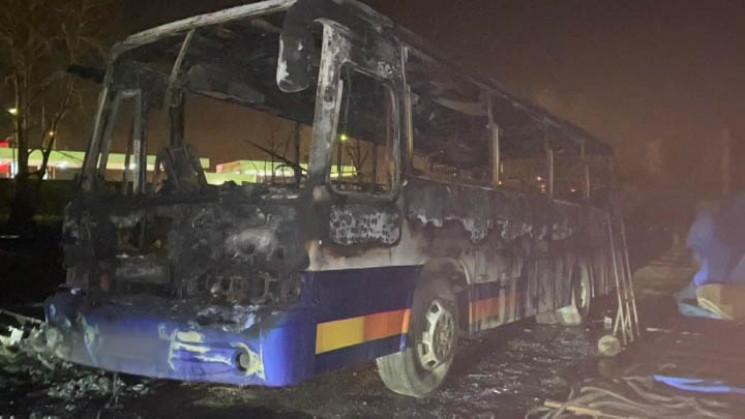 На Кубані було спалено сім вахтових авто…