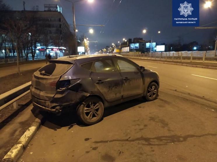 На проспекті в Харкові водій Mazda в'їха…
