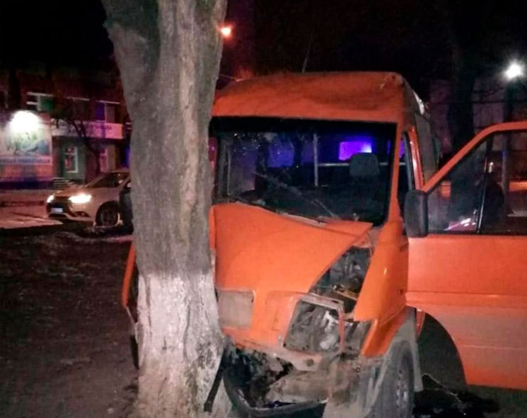 В аварії у Кам'янці-Подільському важко т…
