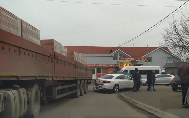 ДТП в Ужгороде: На перекрестке не размин…