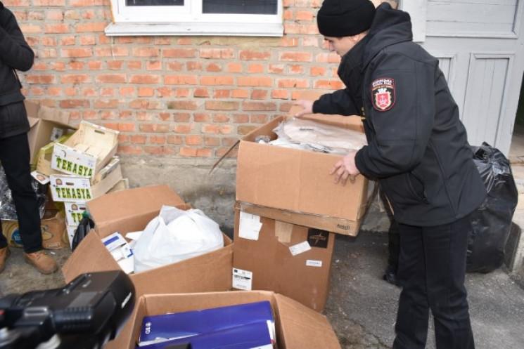 Вінничани відправили в зону ООС 12-тонну…