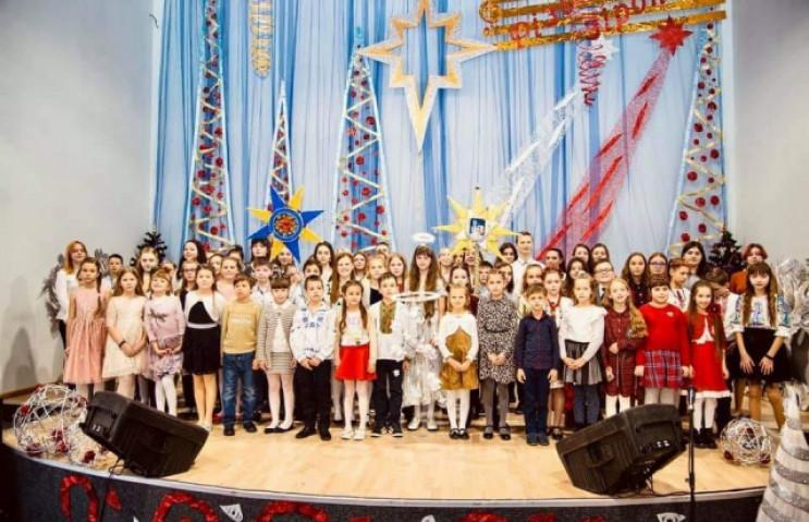 """У Мукачеві """"Різдвяна зіронька"""" зібрала 2…"""