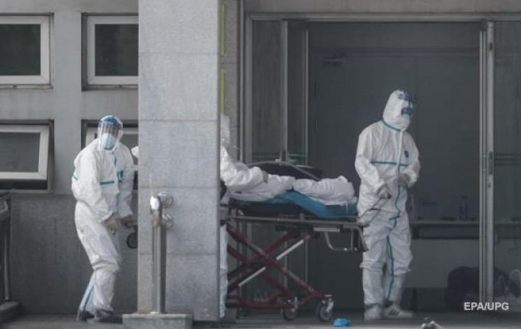Коронавірус убив уже дев'ять людей в Кит…