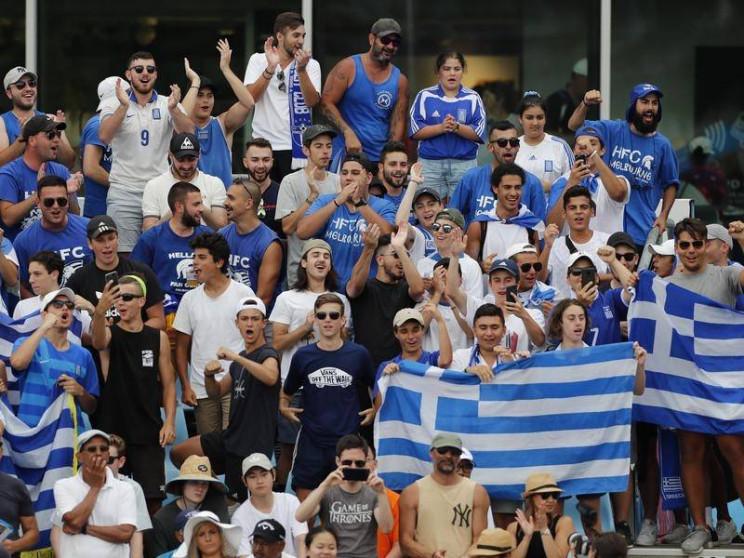 Скандал в Австралії: Грецьких уболівальн…