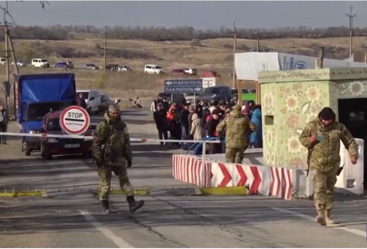 """Боевики """"ДНР"""" бросили людей ночевать в """"…"""