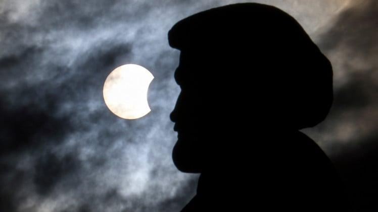 сонячне затемнення в красноярську