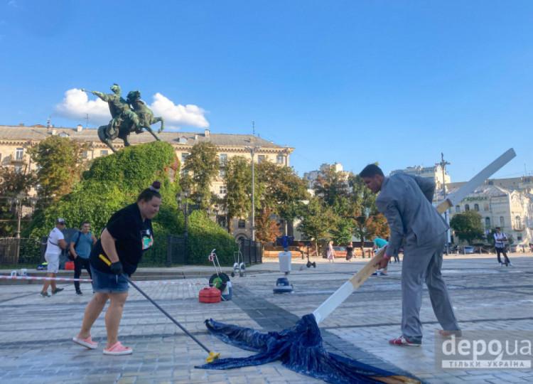 блогери відмивають софійську площу